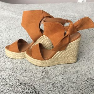 Suede wedge heel brown sandals